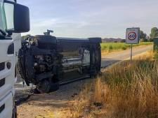 Automobilist gewond na botsing met vuilniswagen in Aarle-Rixtel