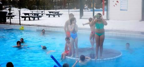 Tien miljoenste betaalde bezoeker krijgt een privé-zwemfeest in Gorcums Caribabad