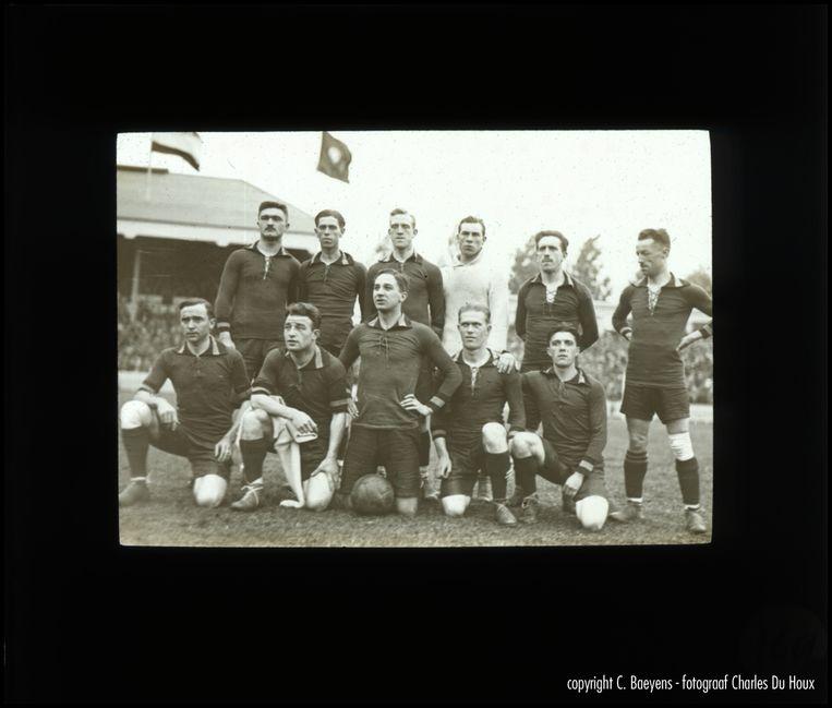 België kroont zich tot Olympisch kampioen na een 2-0-zege tegen Tsjechoslowakije in de finale in Antwerpen.