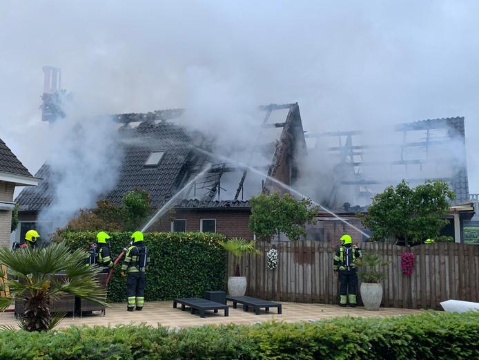 Huis en schuur Alem na brand.