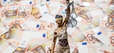 Discriminerende foto's op Facebook kosten Eindhovens LPF-commissielid boete
