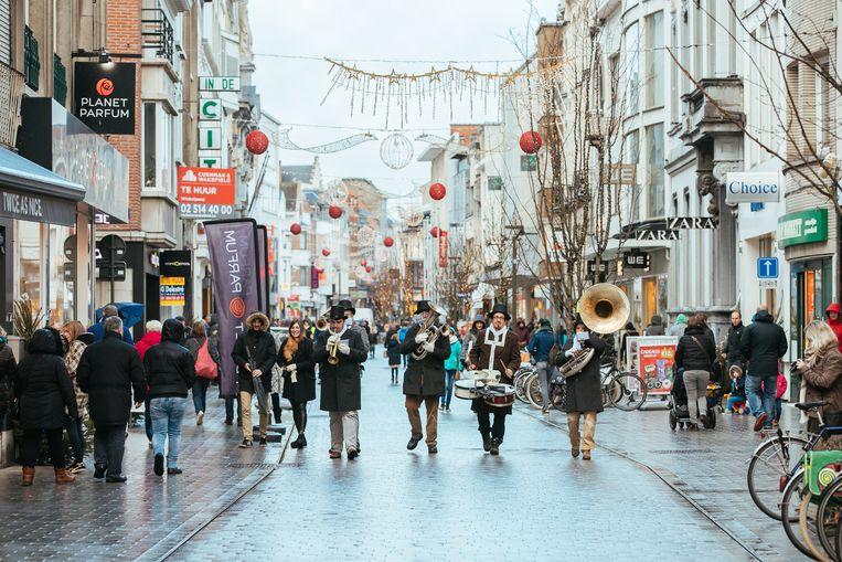 Mechelen MeeMaken brengt de winkelstraten in feeststemming.
