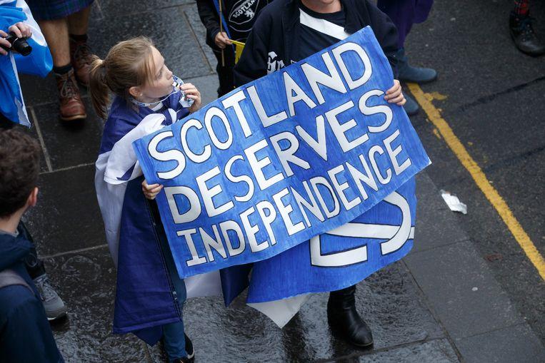 Zo'n 250.000 mensen liepen vandaag mee in een mars voor onafhankelijkheid in Edingburgh, georganiseerd door de vereniging All Under One Banner.