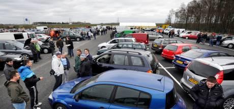 Onze vieze diesels gaan nu massaal de grens over en dat kost de schatkist miljoenen: 'I come to Holland wednesday!'