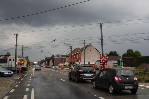 Archieffoto spooroverweg Wichelsesteenweg.