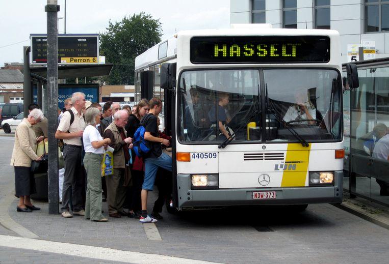 Hasselt/ blijft het gratis met de bus in Hasselt?
