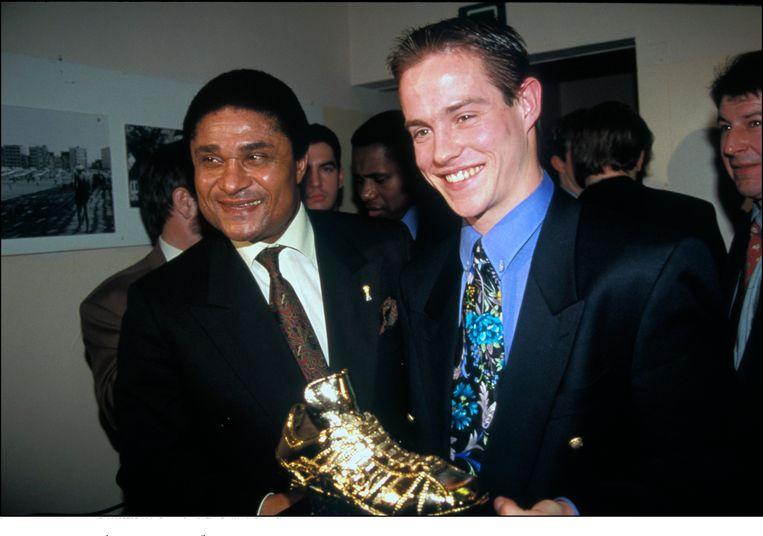 Gilles De Bilde ontving zijn Gouden Schoen uit handen van Eusebio.