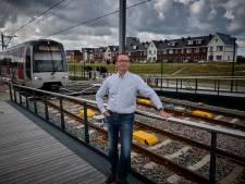 De laatste NS-Machinist van de Hoekse Lijn zou ook graag de eerste RET-rit rijden