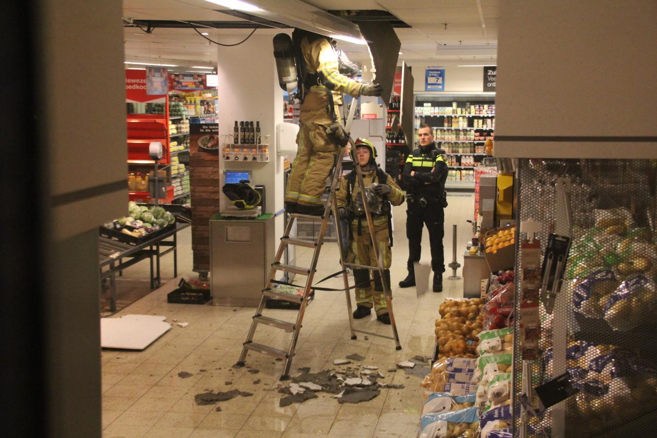 Brand in woning zorgt voor problemen bij Hoogvliet Monster