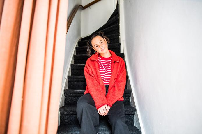 """Tatanka Hodes (20) is deelnemer aan het NPO programma Dreamschool. ,,Nu kent heel Nederland mijn verhaal."""""""