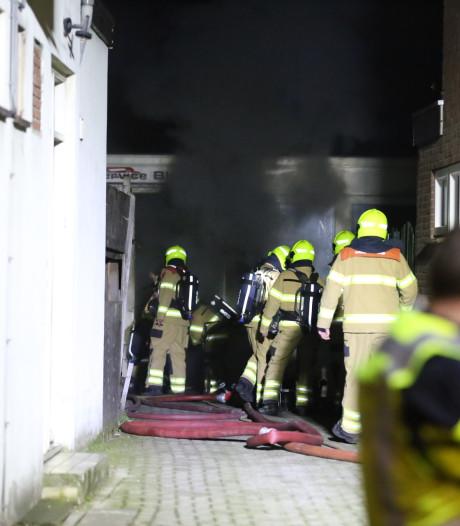 Buurman ontdekt nachtelijke brand in bedrijfspand Velp