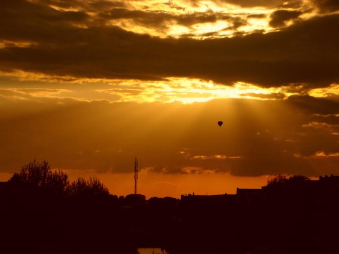 De mooiste plaatjes krijg je misschien wel vanuit de lucht. Zo ook deze, vanuit een luchtballon boven Vathorst in Amersfoort.