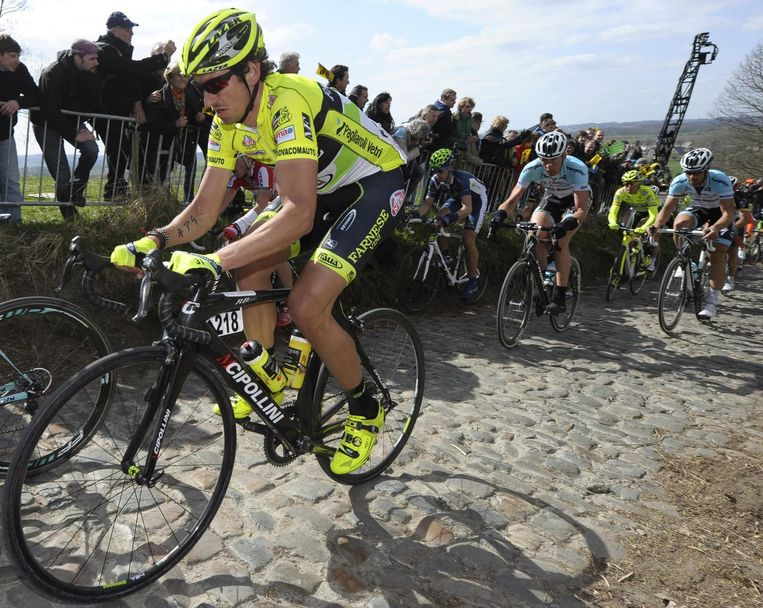 Filippo Pozzato tijdens de Ronde van Vlaanderen van 2012. Beeld afp