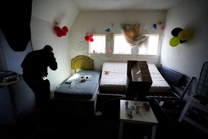 In de Haagse Theresiakerk werden in januari 44 illegale slaapplekken voor arbeidsmigranten ontruimd. Ze leefden daar volgens wethouder Martijn Balster in erbarmelijke omstandigheden.