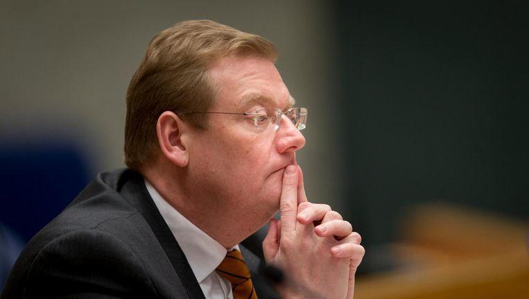 Minister van justitie Ard van der Steur moet zich vandaag opnieuw verantwoorden in de Tweede Kamer vanwege de Teevendeal. Beeld anp