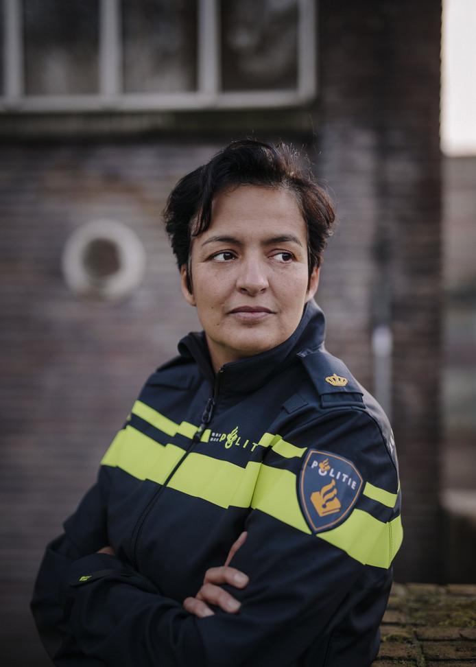 Amsterdam, 9 januari 2018. Souad Boumedien is woordvoerder bij de Amsterdamse politie en ambassadeur van Pride Amsterdam. Ze is genomineerd voor Amsterdammer van het jaar. foto: Marc Driessen