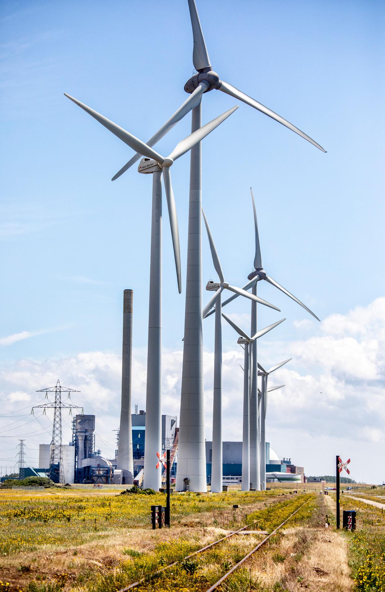De kerncentrale van Borssele. Beeld Raymond Rutting / de Volkskrant