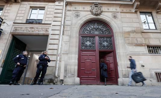 Het gebouw waar Kim beroofd werd