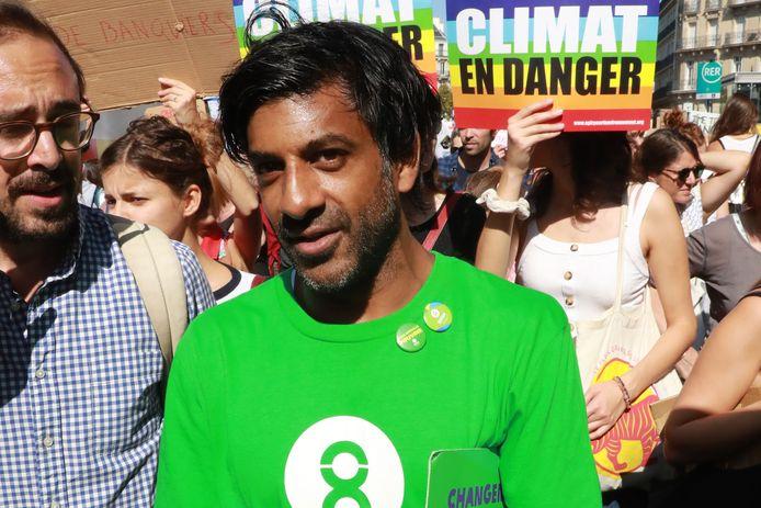 Vikash Dhorasoo, lors d'une manifestation pour le climat, en septembre, à Paris
