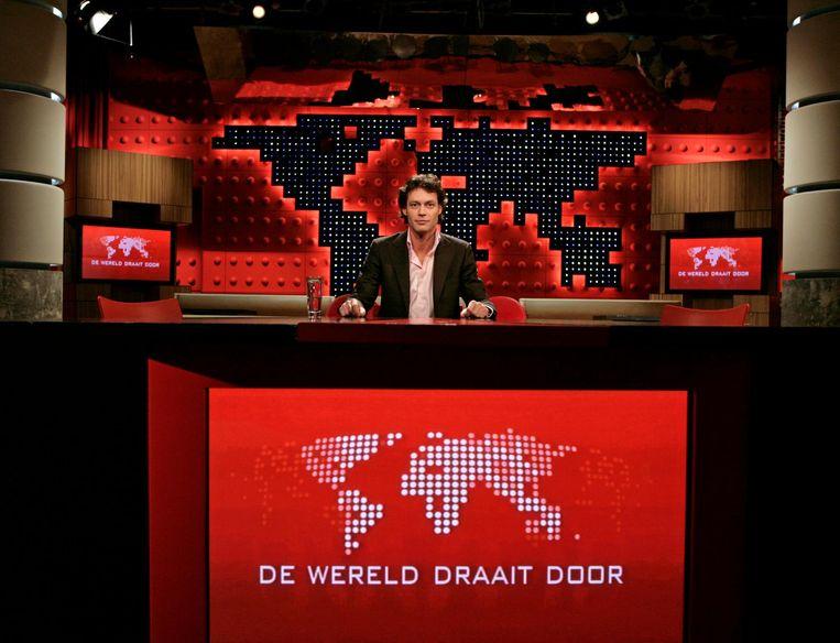Als presentator van De Wereld Draait Door in 2008. Beeld ANP