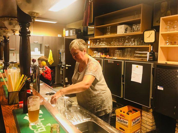 Jeanine Lafaut, cafébazin van De Kring.