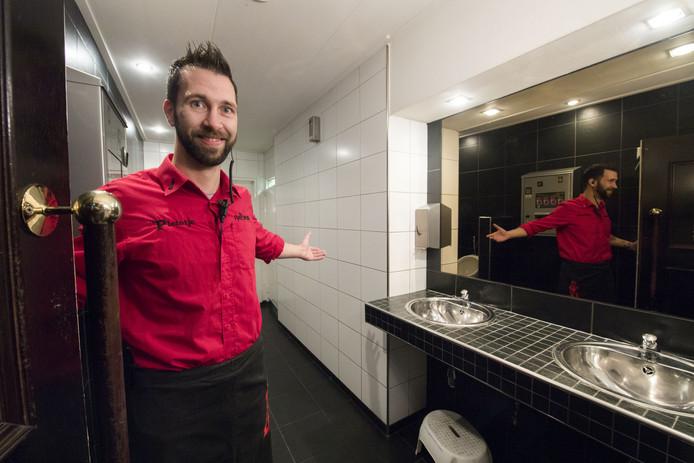 Hengelo staat in top 10 van meest gastvrije toiletgemeenten van Nederland, ook dankzij café  't Pleintje. Landerd zet nu ook zijn beste beentje voor.