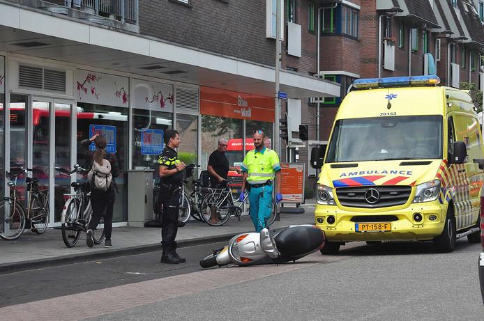 Een ongeval aan de Irenestraat in Waalwijk.