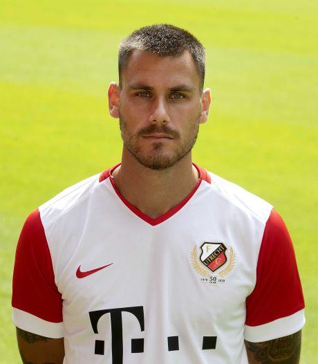 Verdediger Dumic tekent voor twee jaar bij FC Twente