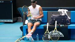 """Eén van de """"negentien"""" rituelen van Rafael Nadal verklaard"""