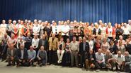 65-jarigen vieren samen feest in cultureel centrum Jan Tervaert