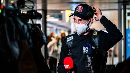 """""""Trotse"""" Wout van Aert geland in Eindhoven: """"Spijtig van commotie rond Roglic. Ik zag vanop eerste rij dat ook hij kapot zat"""""""