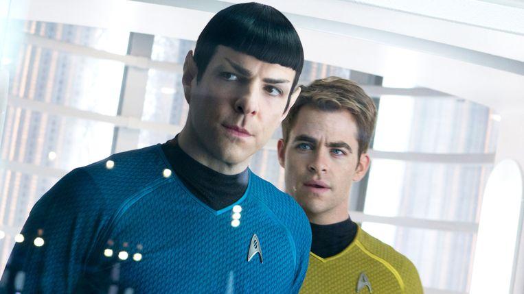 Zachary Quinto en Chris Pine in Star Trek into Darkness (J.J. Abrams, 2013).  Beeld