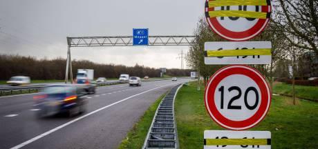 Rijkswaterstaat niet blij met overijverige aannemer langs snelweg bij Meppel