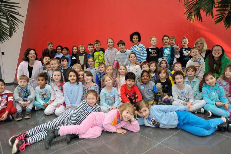 De leerlingen van het eerste en tweede leerjaar van de Piramide hebben in pyjama een bezoek gebracht aan Technopolis in Mechelen.