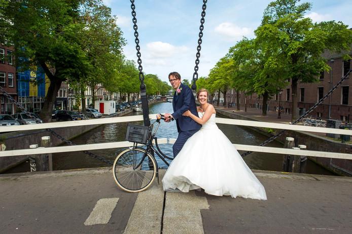 Een bruid en bruidegom.