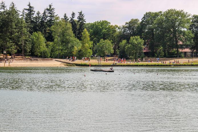 Het vlot met de duikplank, waar de man voor het laatst gezien is.