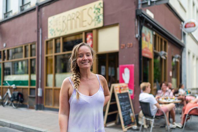 Charlotte Heus voor haar nieuw café Barries.