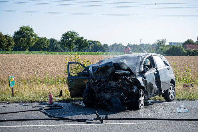Een persoon kwam om het leven bij het ongeluk