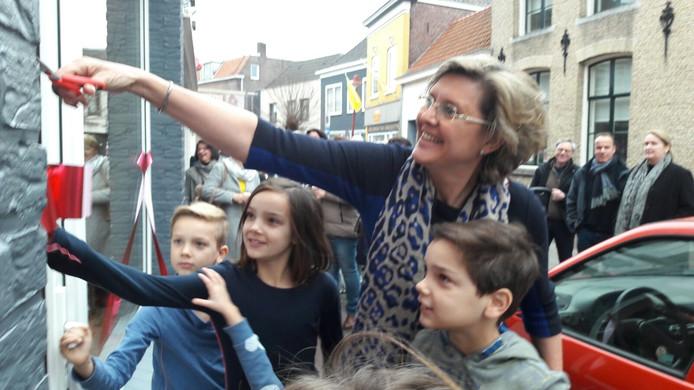 Burgemeester Jobke Vonk-Vedder opent het Choco Atelier