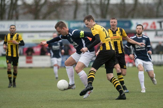De Veluwse derby's - zoals DVS'33 tegen Sparta Nijkerk - blijven te zien in de derde divisie.