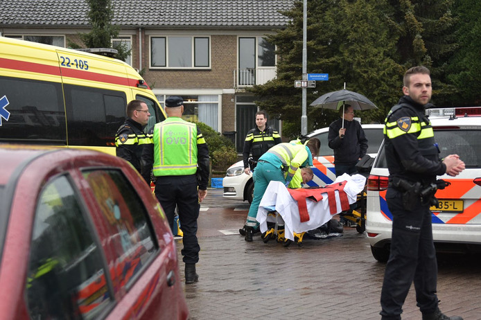 Een fietser raakte gewond na een ongeval op de Jasonstraat in Eindhoven (middaguur)