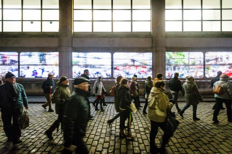 Het Lichtfestival werd gisteren officieel geopend voor het grote publiek.