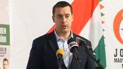 Ex-skinhead schopt het tot vicevoorzitter Hongaarse parlement