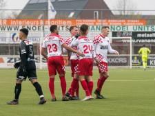 Leon Bot helpt Kozakken Boys langs beloften FC Volendam, Drenthe maakt rentree