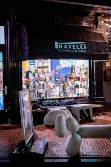 Typisch Italiaans eettentje in Oosterbeek, alleen het tl-licht ontbreekt