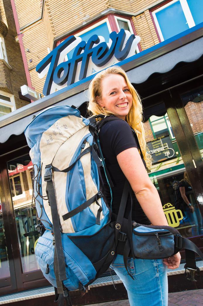 De Apeldoornse Maartje Smit reist de hele wereld rond en geeft 7 september een presentatie over haar ervaringen