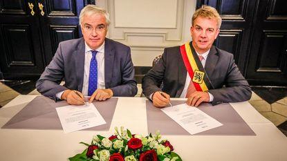 Jan De Keyser legt eed af als burgemeester