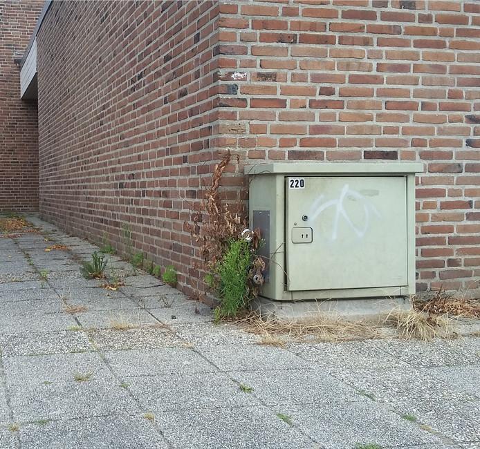 De stroomkast bij de Open Hof in Kampen wordt per direct vervangen.