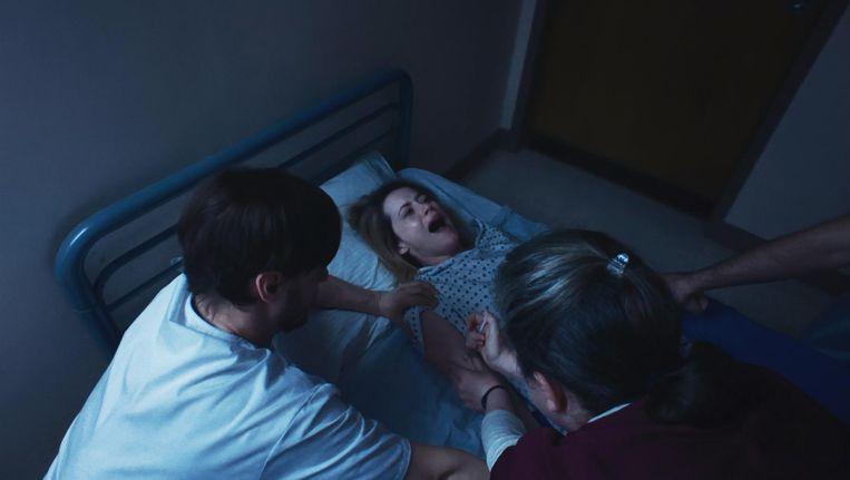 Of de door Claire Foy vertolkte vrouw in Soderberghs film in een gesloten instelling thuishoort valt te betwijfelen. Beeld Unsane