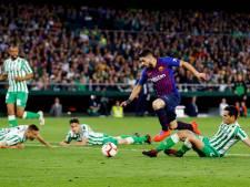 Barcelona aan de hand van magistrale Messi voorbij Real Betis